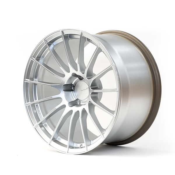 Enkei Racing RSO5RR 18×10.5″ +22 5×114.3 Sparkle Silver Finish wheel set