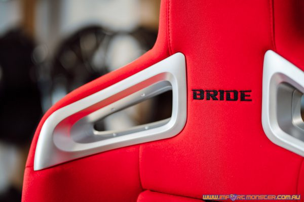 Bride A.i.R. - Red